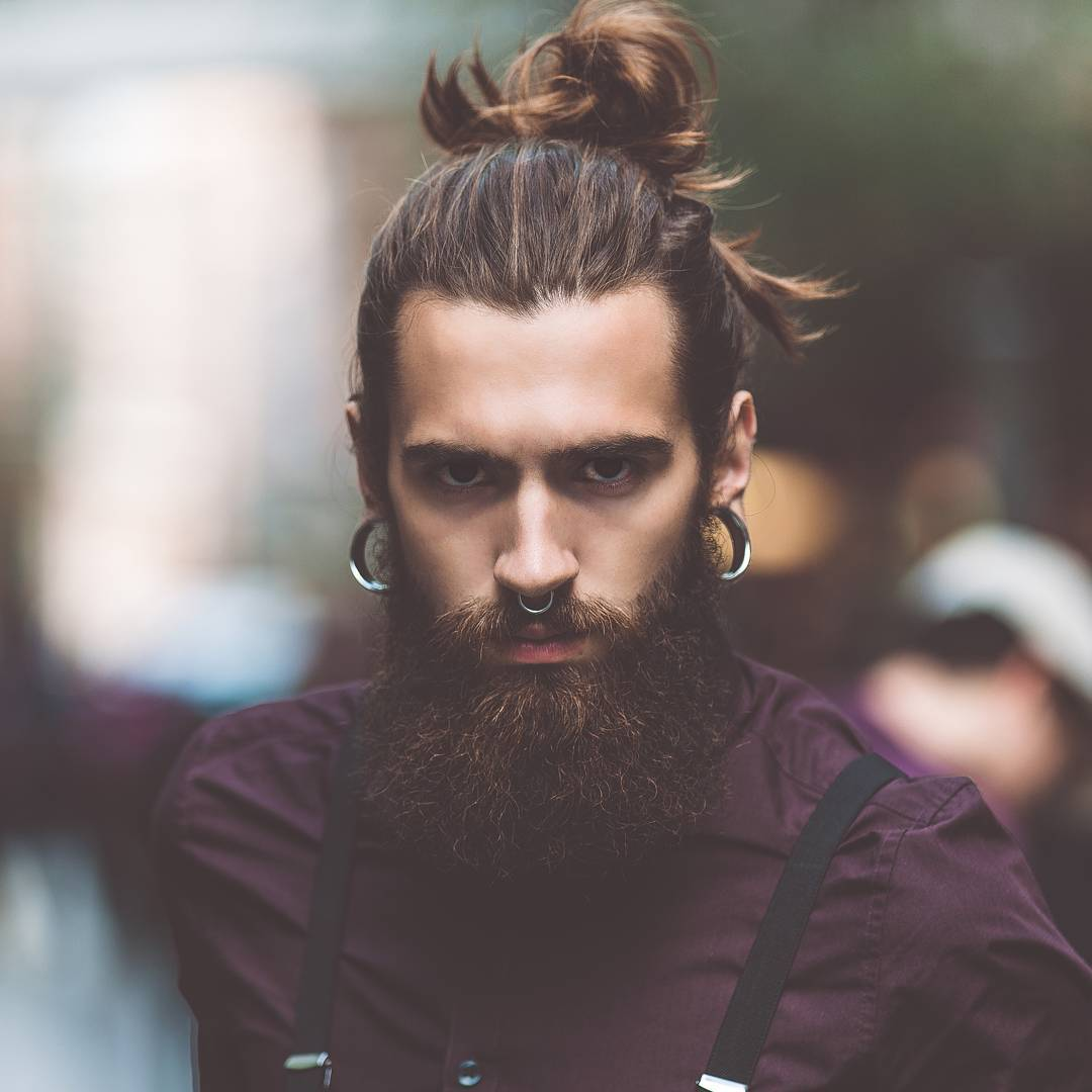 male-top-knots-with-beards-2018