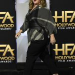 clip-in-hair-extensions-gong-style-melissa-mccarthy