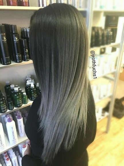 Cheveux gris anthracite