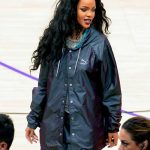 Rihanna-Long-Curly-Hair-Style