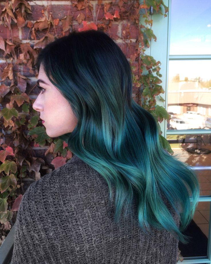 Turquoise-Ombre-Hair-Color