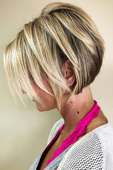 Blonde Layered Bob, Blonde Layered Bob Pixie