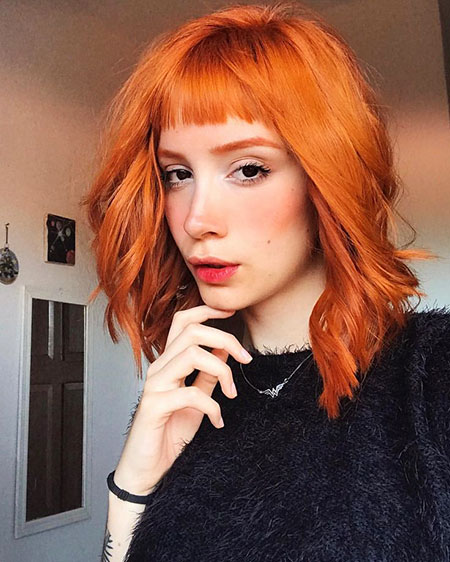 Cheveux Bang Hayley