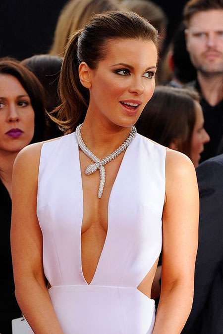Coiffure chic, Kate Beckinsale queue de cheval montante