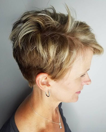 Pixie Tapered Messy en couches